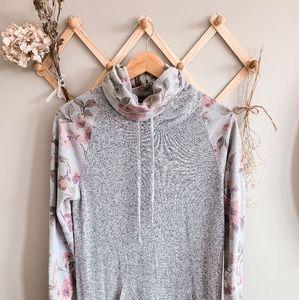 Cozy floral sweatshirt